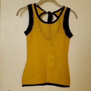 Cashmere top new with tag , 6